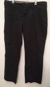 Black Lee straight leg pants - size 20